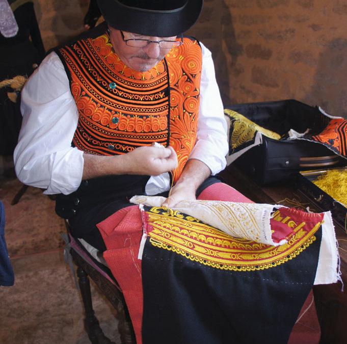 Conférence sur le costume cornouaillais